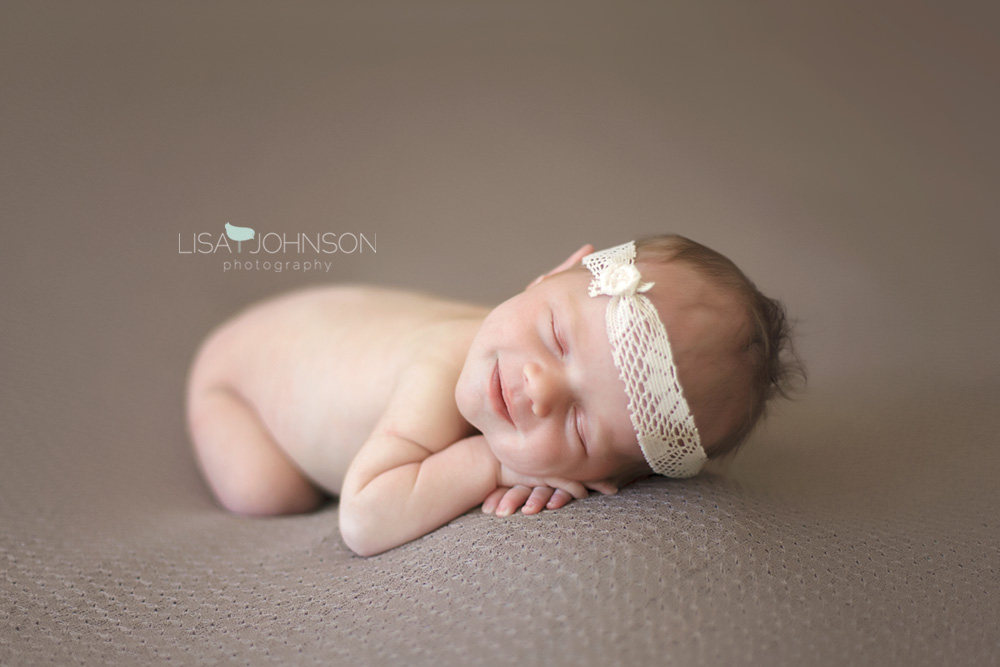 3755 Ottawa Newborn Photographer