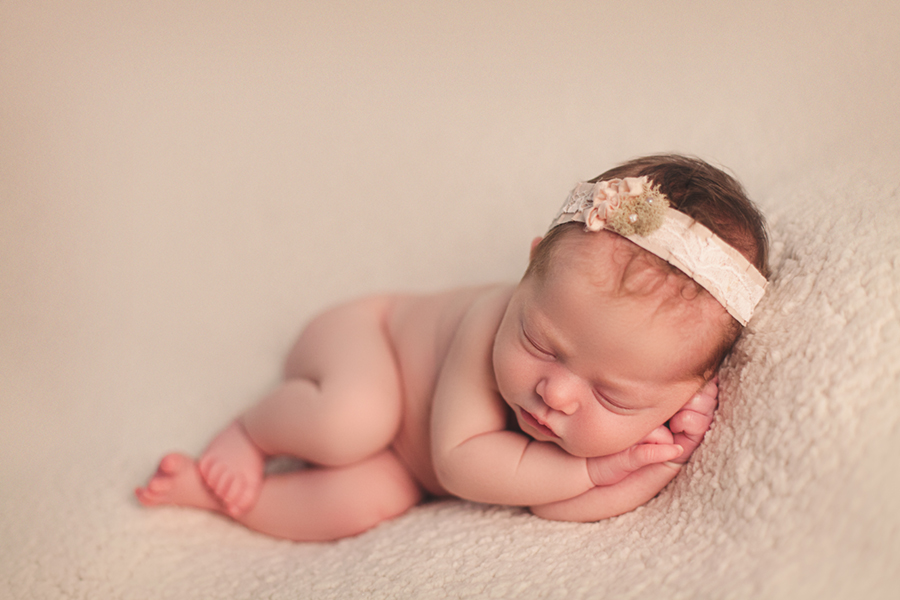 4545 Ottawa Newborn Photographer