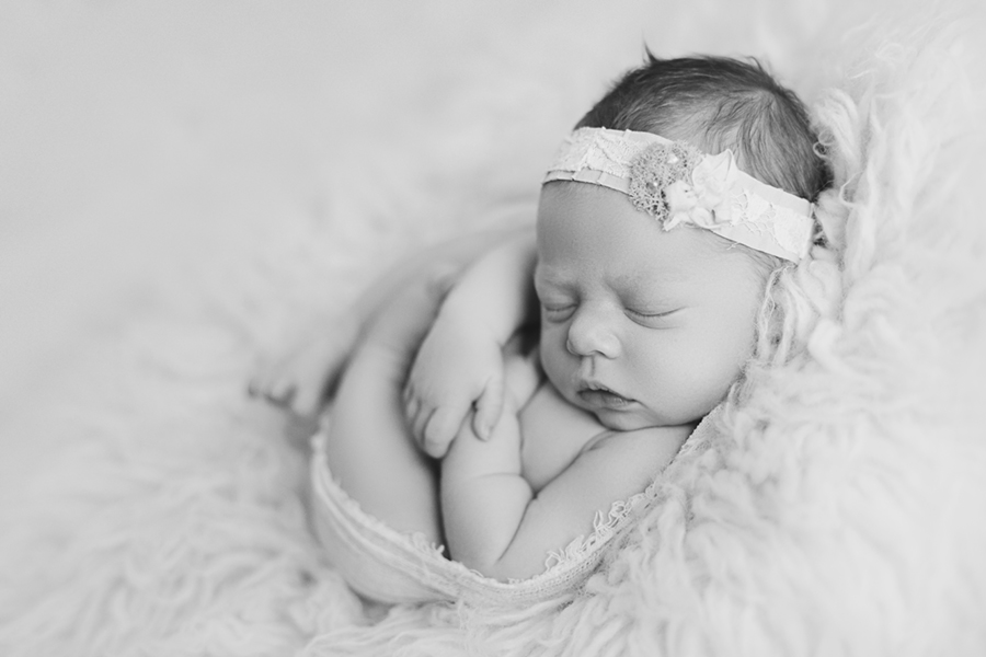 4346BW Ottawa Newborn Photographer