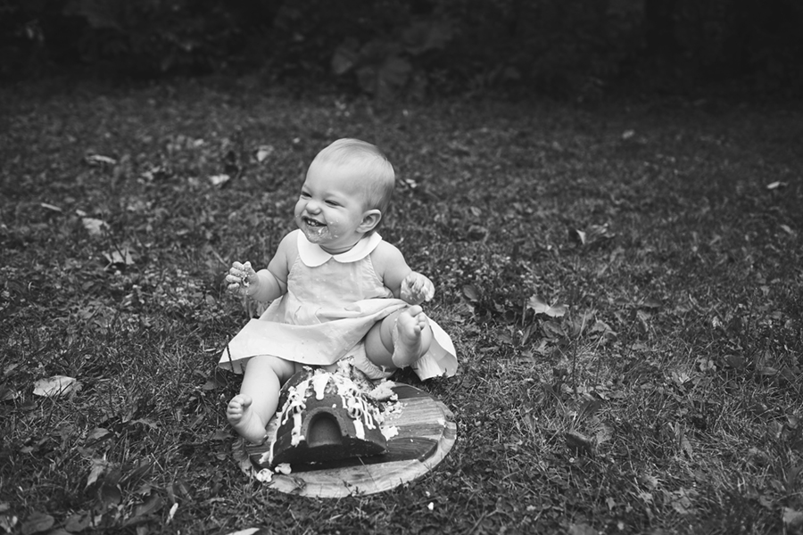 2045BW Family Photographer Ottawa