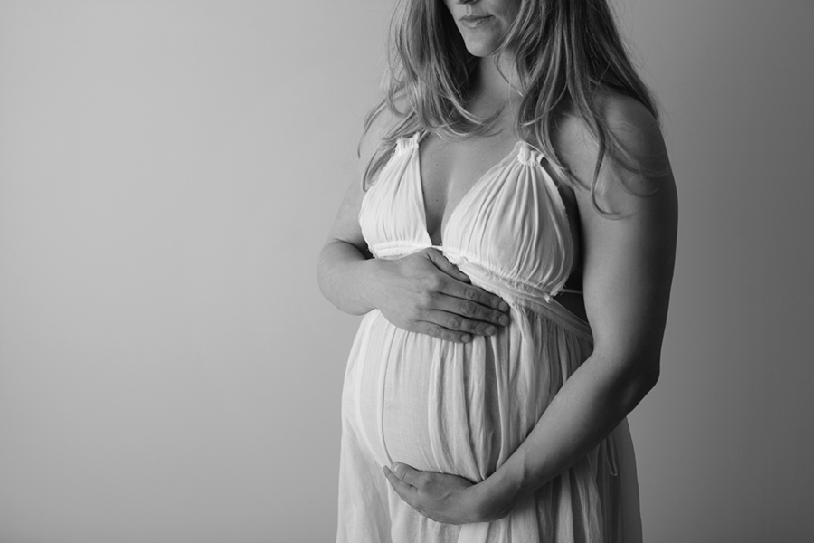 IMG_6263_BW Maternity Photography Ottawa